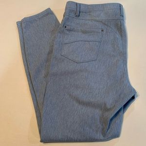 Time and Tru Women's Jeggings!  Like new!!